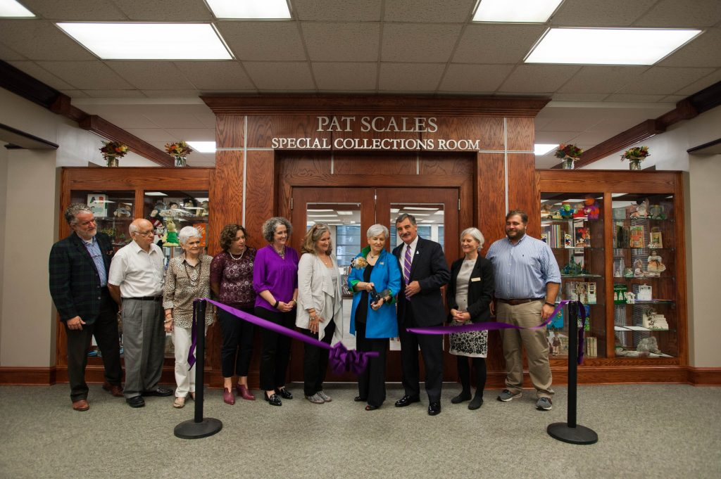 Pat Scales Special Collections Room ribbon cutting