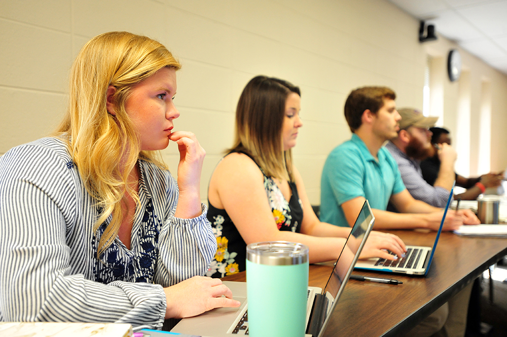 Montevallo students listen to a presentation.